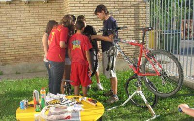 Inspección técnica permanente de bicis por la tarde en jornada HAZ