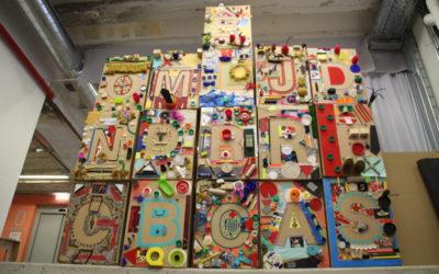 Collage colectivo a partir de elementos reciclados
