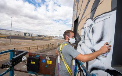 Mural participativo a cargo de Entintarte