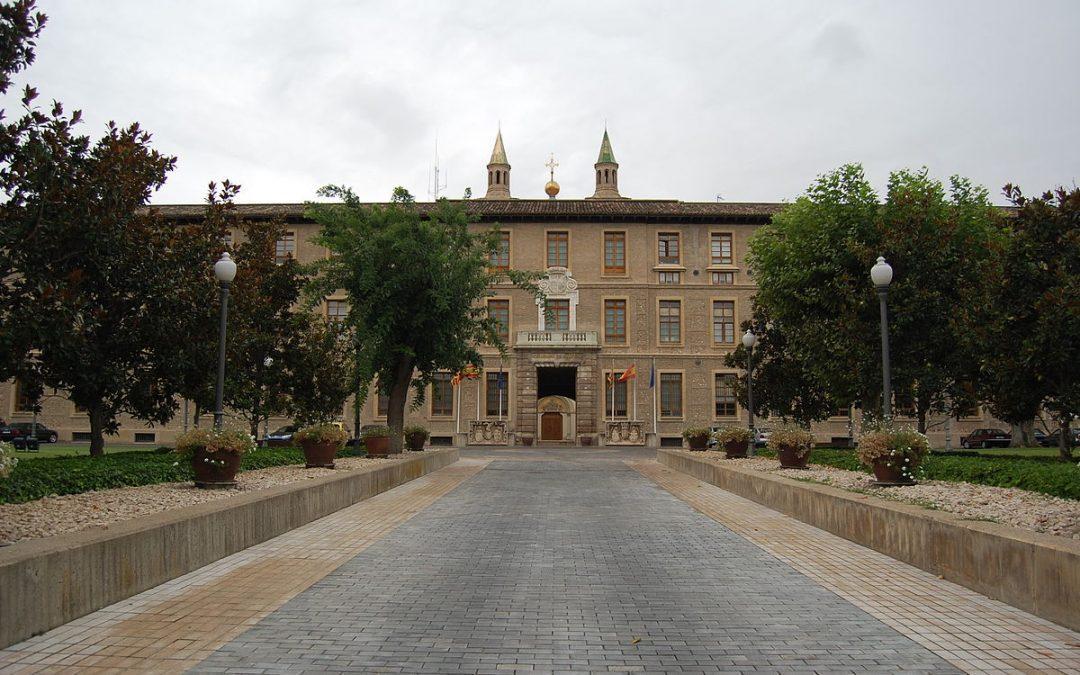 Edificio Pignatelli por Willtron - Wikimedia